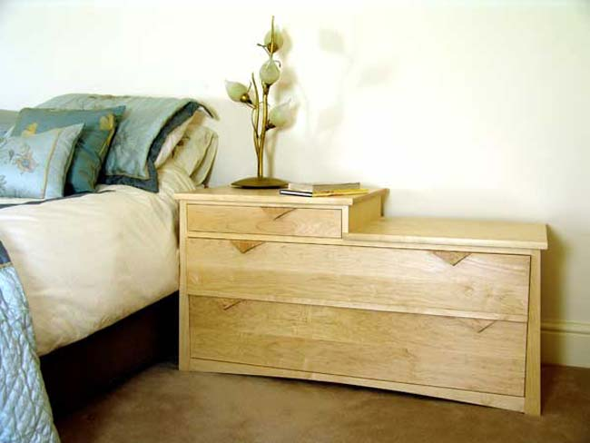 Saunders Bedroom Furniture